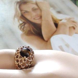 Dome Ring filigree Vintage Uncas Size 5 HGE 18k